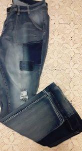 Women's Distressed Jeans Size: 22W